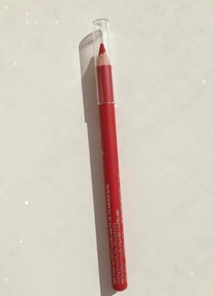 Червоний олівець для губ, красный карандаш для губ)