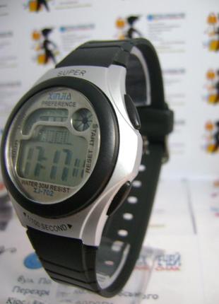 Детские,мужские влагозащищенные электронные часы xinjia б