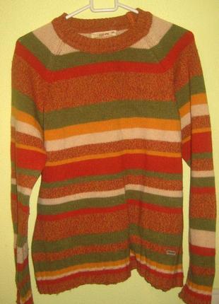 Теплый шерстяной свитер. при покупке нескольких вещей скидка