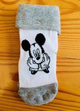 Симпатичные носочки disney 15-18 размер