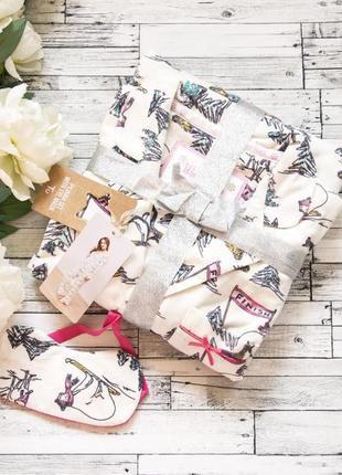 Пижама флис очень мягенькая можно на подарок