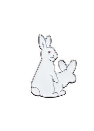 Брошь зайка, значок на одежду влюбленные зайцы, кролики