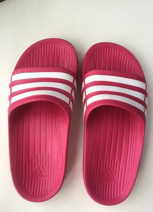Шлёпки шлепанци adidas тапочки оригинал размер 33 - 34