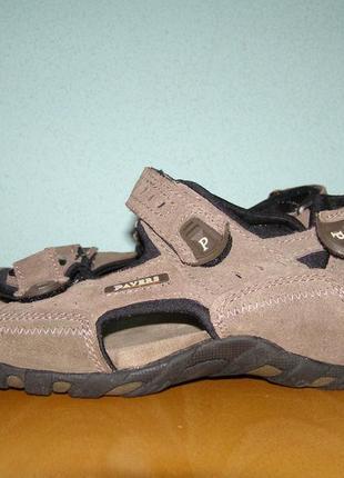 Мужские, кожаные  сандалии pavers 43 р.