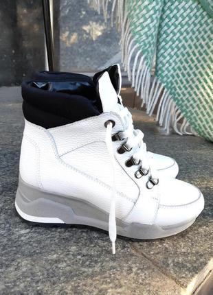 Кожаные ботинки зимние из натуральной кожи