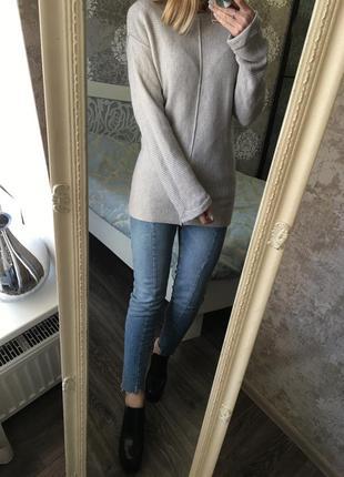 Тёплый свитер в составе шерсть