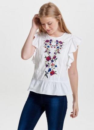 Блуза  с вышивкой  only