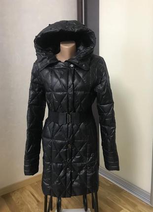 Зимняя стеганая куртка на пуху с капюшоном bebe разм м