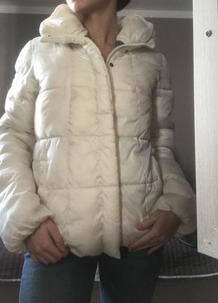 Куртка , пуховик