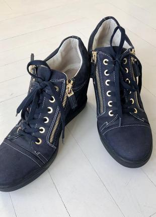 Сникерсы, ботинки baldinini италия синие , замшевые