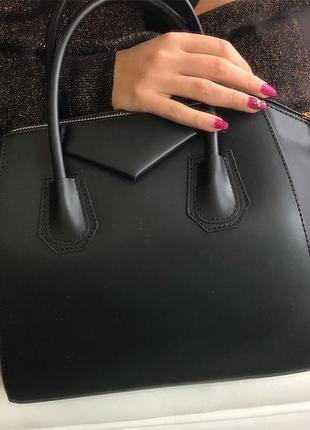 Стильная, деловая сумка в стиле givenchy, черная