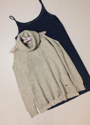 Трендовый свитер с горлом и открытыми плечами джемпер оверсайз m