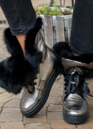 Женские натуральные ботинки зима очень красывые