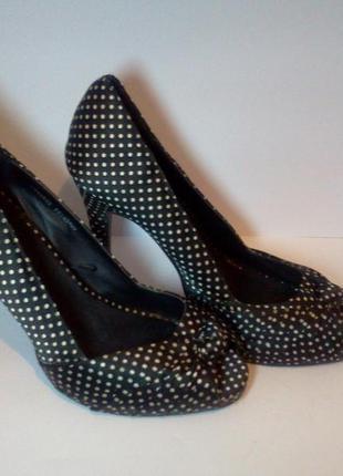 Очень красивые и удобные туфельки в горошек