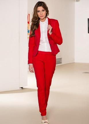 Стильный костюм сочно красного цвета от zara basic микровельвет