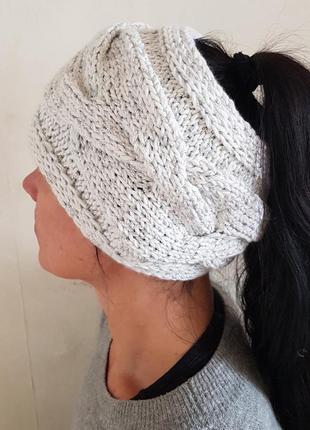 Стильная повязка на голову с объемной косой ручной работы.