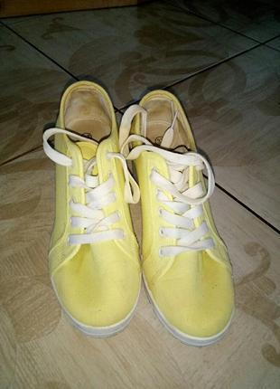 Туфлі-кросовки