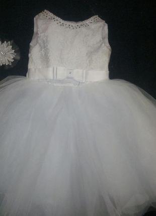 Нарядные платья на возраст 3-5 лет