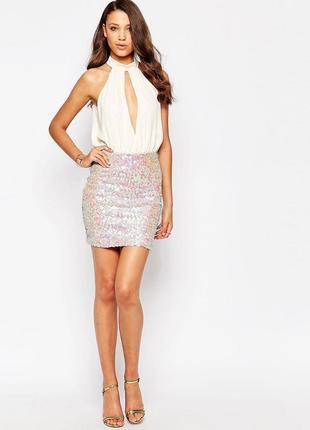 Нарядное нюдовое платье с пайетками, блестками, новогоднее.