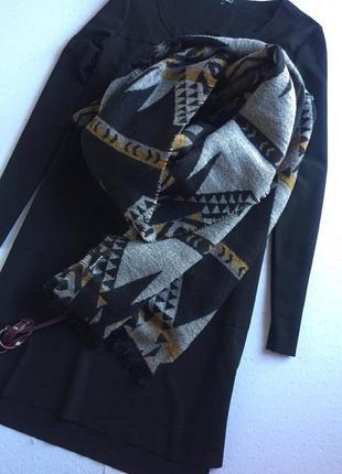 Об'ємний двосторонній шарф палантін
