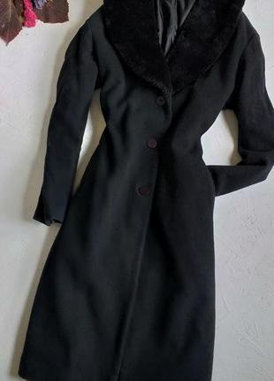 Красивое классическое пальто с меховой отделкой миди midi от bhs