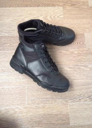 Hi- tec magnum вьетнам кожаные ботинки утепленные 42р 27см 5