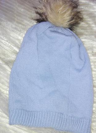 Супер шапка шикарного голубого цвета с бомбоном
