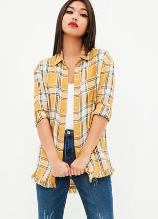 Красивая удлинённая горчичная рубашка в клетку missguided
