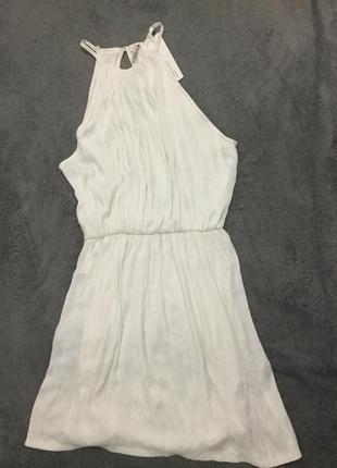 Нарядное нежное платье bershka