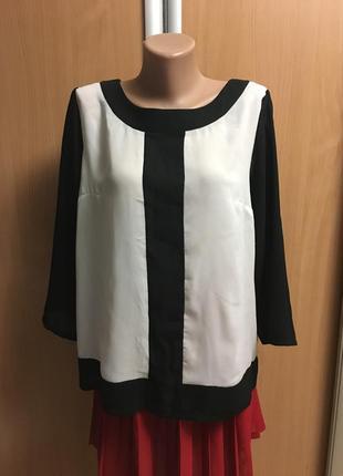 Блуза черно-белая размер 14