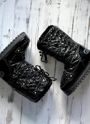 Чёрные мунбуты/сапоги/ботинки/луноходы guess