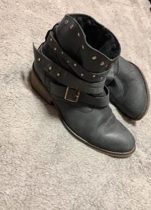 Ботинки натуральная кожа дизайнерские , стелька 24,5