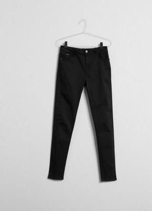 Идеальные чёрные джинсы skinny