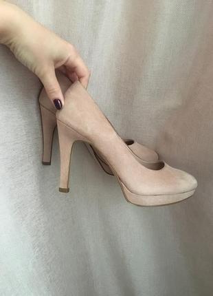 Классические бежевые туфли на удобном каблучке👌