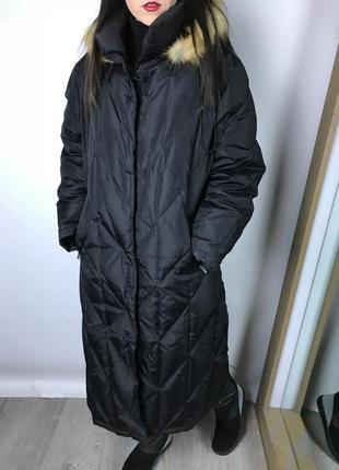 Длинное пуховое пальто tcm