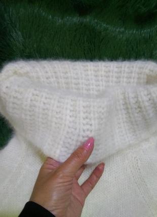 Свитер  с/м  пушистый белоснежный ангоровый кролик с вязаным хомутом ангора натуральная