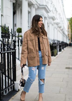 Шикарна курточка в стилі мілітарі