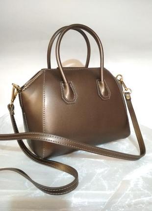 Небольшая сумочка в стиле givenchy шикарный брозовый цвет