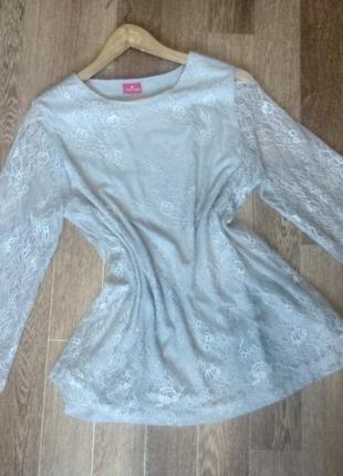 Нежная серая блуза из французского гипюра