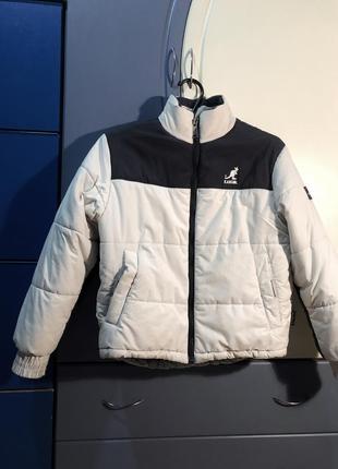 Очень крутая курточка зефирка. теплая