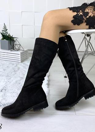 Сапоги зимние на низком каблуке. размеры с 36 по 41