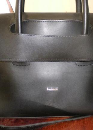 Очень стильная деловая сумка. новая.