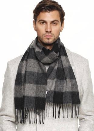 Теплый фирменный шарф в полоску унисекс
