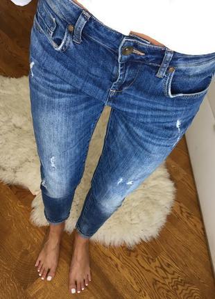 Шикарные добротные джинсы colin's