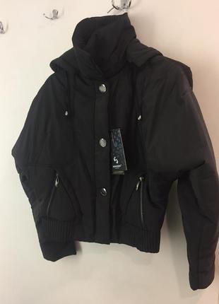 Куртка на холодный сезон чёрная с биркой