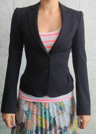 Классический черный пиджак mexx
