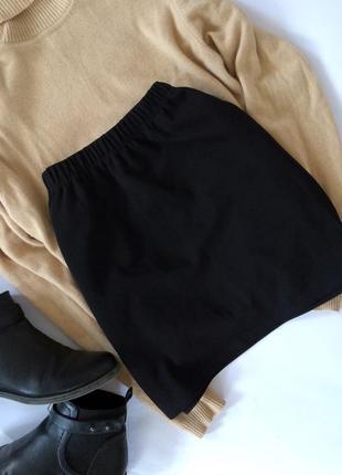 Крутая актуальная черная юбка amisu на резинке