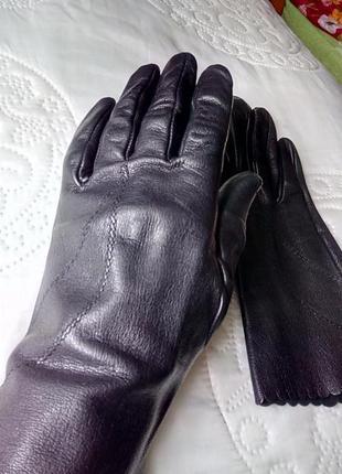 Перчатки женские черные кожаные, демисезонные, размер 7.5. меняюсь