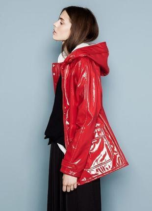 Нереально крутая лакова куртка, дождевик pull&bear s,m,l