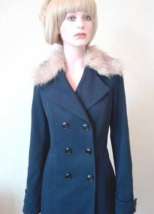 Пальто от известного немецкого бренда